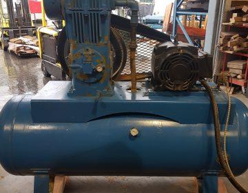 724-4 Ingersoll Rand 10HP Compressor -1