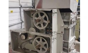 Automatic Equipment MFG. Co. CSU-500 Roller Mill