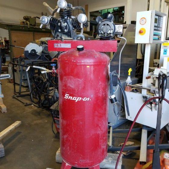 Snap-On 18.5 ACPM @ 100PSI 5HP 3 Head Vertical Tank Air Compressor