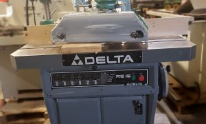 Delta RS15 Vertical Spindle Shaper with General 4 Roll Powerfeed